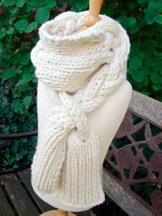 "NobleKnits Knitting Blog: Braided Scarf Free Knitting Pattern (Go o the site and scroll down to ""You will need"". Click on ""Free Pattern"".)"