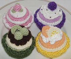 Cute Crochet Cupcakes by lynne's pattern parlour, via Flickr
