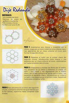 Medálok - Leila.gyongy - Picasa Web Albums Seed Bead Flowers, Beaded Flowers, Seed Beads, Beading Projects, Beading Tutorials, Beading Ideas, Beaded Jewelry Patterns, Beading Patterns, Beaded Ornaments