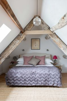 Small Loft Bedroom, Small Loft Spaces, Loft Room, Loft Bedrooms, Attic Rooms, Small Space, Loft Conversion Design, Loft Conversion Bedroom, Loft Conversions