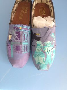 Walt Swifty Shoes ~ Haunted Mansion ~ Hand Painted
