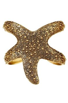 Stackable Bracelets Starfish Cuff - want in silver! Jewelry Box, Jewelery, Jewelry Accessories, Fashion Accessories, Starfish Ring, Starfish Bracelet, Tropical Outfit, Stackable Bracelets, Arm Party