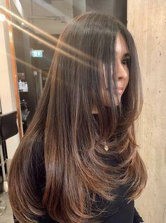 Haircuts Straight Hair, Long Hair Cuts, Long Hair Styles, Straight Long Hair, Brown Hair Balayage, Hair Highlights, Cabelo Inspo, Long Layered Hair, Aesthetic Hair
