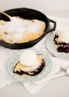 Blackberry and Blueberry Pandowdy - Baked Bree