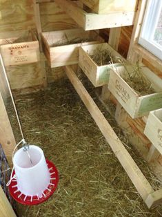 Chicken Laying Boxes, Chicken Nesting Boxes, Cute Chickens, Raising Chickens, Backyard Poultry, Chickens Backyard, Milk Crates, Wooden Crates, Fresco