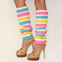 I've been meaning to attempt leg warmers.  These give me some inspiration!