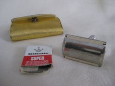 Vintage Gillette Travel Razor by VintageByThePound on Etsy