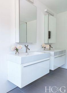 inside architect roger minimalist hamptons getaway - Fresca Vanity