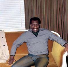 Otis Redding photographed by Cyrus Andrews in London, May - Ariel, Morrison Hotel, Dock Of The Bay, Otis Redding, Happy Song, Soul Singers, Soul Music, American Revolution, Artists