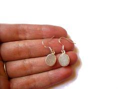 White Druzy #Earrings Druzy #Agate Earrings White Earrings White Earrings Druzy Agate Sterling Silver Earrings Oval Druzy Earrings Gemstone  - Blue Druzy Agate Earrings - Bea... #pekideign #jewelry #earrings #agate #earrings #gemstone #gift