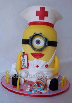 Minion nurse cake
