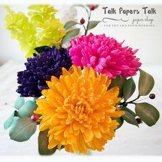 Chrysanthemum www.talkpaperstalk.etsy.com #paperflowers #crepepaperflowers…