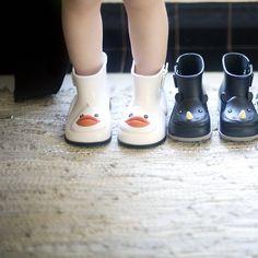 P's new rain boots // mini melissa // @hmstrata on instagram