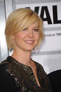 short hair styles for women over 50 2