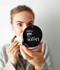 Piąteczek 🎉🎉🎉 poprawiam make up i lecę na spotkanie z przyjaciółkami ❤️ a jeśli szukacie fajnego pudru to polecam Wam CityMatt od @lirene 👌… Nest Thermostat, Smart Watch, How To Make, Instagram, Smartwatch