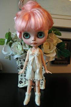 This listing is for an adorable Intimates set for your Blythe doll. This sweet set includes a pretty little lounge jumper with a matching pair of