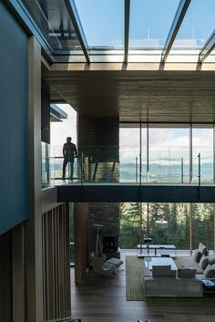 photographer minh T documents nature and architecture at a glass chalet in whistler Modern Interior Design, Interior Architecture, Contemporary Design, Home Room Design, House Design, Saint Claude, Architectural Features, Luxury Homes, Building A House