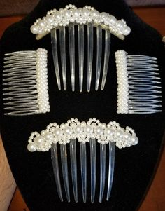 https://www.ebay.com/itm/Vintage-Lot-of-4-Pearl-Hair-Combs-Mid-Century-Large-Clear-Lucite-Nice/273121481717?hash=item3f974f13f5:g:FqoAAOSwOtVasnyI