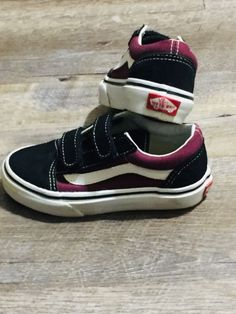 d83408b8d7 Boys Black Vans Velcro Shoes Size 11 Great Condition  fashion  clothing   shoes