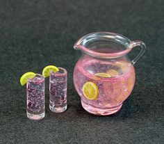 Shop for handmade, vintage, custom, and unique gifts for everyone Pink Lemonade Set by EverydayGourmet Cute Polymer Clay, Cute Clay, Polymer Clay Miniatures, Polymer Clay Charms, Dollhouse Miniatures, Barbie Miniatures, Miniature Crafts, Miniature Food, Miniature Dolls