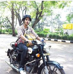 Motorcycle, India, Fan, Actors, Couples, Vehicles, Goa India, Actor, Rolling Stock