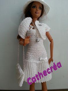 Vestido tejido para muñeca