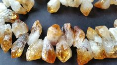 Natural Citrine Stone Beads / Natural Yellow / Transparent Color / Free Forms (t.au)(10-30-04)(20-30)