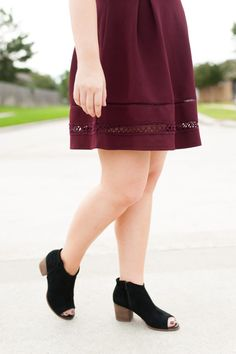 Burgundy Dress for Friendsgiving or Thanksgiving www.ourmessytable.com