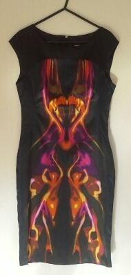 brand new. Hourglass Body Shape, Karen Millen, Body Shapes, Feminine, Brand New, Tank Tops, How To Wear, Clothes, Dresses
