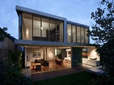The Queens Park House by MCK Architects - http://www.interiordesign2014.com/architecture/the-queens-park-house-by-mck-architects/