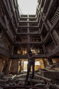 I visited Hashima Island. Old Abandoned Buildings, Abandoned Places, Hashima Island, Apocalypse Aesthetic, Slums, Environment Design, End Of The World, Adventure Is Out There, Beautiful Places
