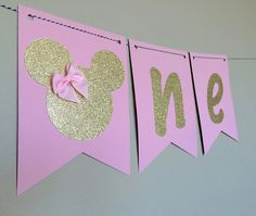 Pink and Gold, Pink and Silver, Minnie Mouse High Chair Banner/1st Birthday Banner/Minnie Mouse Banner/Cake Smash/Custom Colors by BellesBanners on Etsy https://www.etsy.com/listing/231262282/pink-and-gold-pink-and-silver-minnie