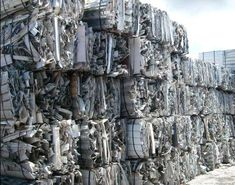 Aluminum extrusion Clean generally refer to clean aluminum material that has no plastic, dirt, glass, or anything else on it. Recycling Steel, Scrap Recycling, Garbage Recycling, Copper Prices, Metal Prices, Copper Art, Copper Metal, Pure Copper, Metal For Sale