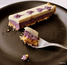 Blueberry Lavender Cheesecake [Vegan]: Crust:  1 1/2 cup almonds  1/2 cup walnuts  1/8 tsp salt  1/3 cup dates  1/2 tsp vanilla extract    Filling:  1/2 cups cashews, soaked two hours and drained  3/4 cup almond milk  1/2 cup agave syrup  2 TBSP lemon juice  1 vanilla bean, scraped  1 TBSP dried lavender flowers  pinch of sea salt  1/4 cup coconut oil, melted  2 TBSP cacao butter, melted  1 cup frozen blueberries