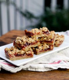 Strawberry Oat Bars - An easy, classic reduced-fat oat bar recipe filled with strawberry jam.