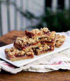 Strawberry Oat Bars | Kitchen Explorer | PBS Parents