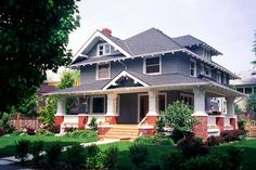 Craftsman American Foursquare, Irvington Historic Neighborhood, NE Portland, OR Craftsman Exterior, Craftsman Style Homes, Craftsman Bungalows, Style At Home, Four Square Homes, Cottages And Bungalows, Bungalow Homes, American Houses, House Colors