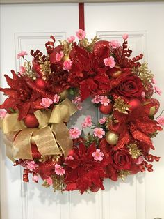 Chinese New Year, holiday wreath, Chinese New Year Decorations, Christmas wreath Asian Christmas Decorations, Chinese New Year Decorations, Christmas Mesh Wreaths, New Years Decorations, Christmas Themes, Christmas Diy, Chinese New Year Flower, Chinese New Year Food, New Year Diy