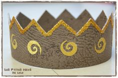 Couronne choco/or Art Activities For Kids, Art For Kids, Crafts For Kids, Lolo, Diy Crown, Mardi Gras, Princesses, Nouvel An, Crowns