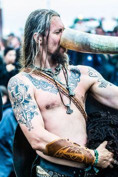 Hellfest 2o12 - People!  - Viking by Avantphoto