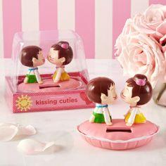 Solar powered Kissing Cuties