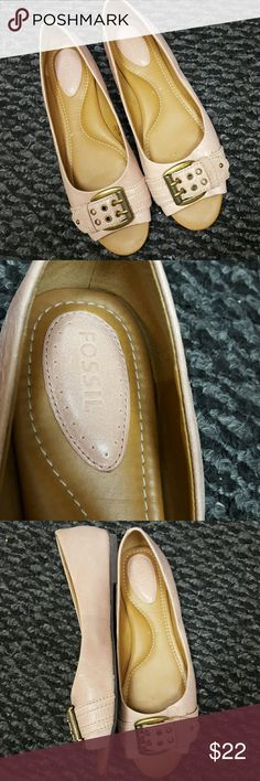 Fossil shoes Light pink color slip on never worn Fossil Shoes Flats & Loafers