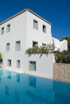 Orloff resort, Spetses island, Greece Oh The Places You'll Go, Places To Visit, Greece Travel, Greek Islands, Bed And Breakfast, Cosy, Pools, Beautiful Places, Paradise