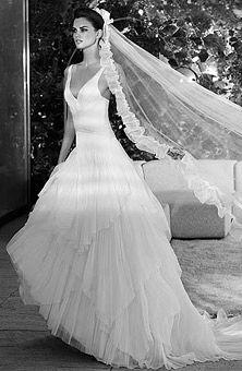20 best A Wedding Dress images on Pinterest | Alon livne wedding ...