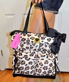 Betsy Johnson Baby Bag Aka Diaper It S Convenient With A Lot Of Compartments Has Hearts And Gorgeous Betsey Jo