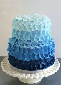 Blue Ombre Cupcakes Swirl To Match Cake Blue Candy Pinterest - Blue cake birthday