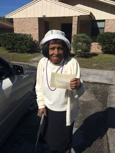 Our 94 year old sister in the 2014 Memorial invitation work. Lake City, Fla. Glad to see these pins. So encouraging.