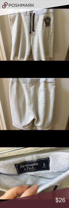 Abercrombie & Fitch NWOT sport fleece shorts Abercrombie & Fitch mens sport fleece shorts. Never worn! Size small. The color is a grayish oatmeal? Abercrombie & Fitch Shorts Athletic