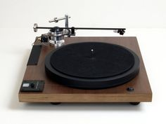 Well Tempered Lab . versalex turntable