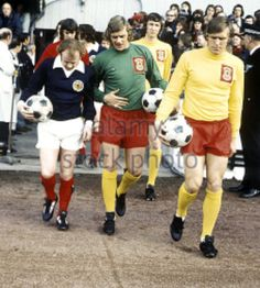 Bremner and Sprake catch up as Scotland and Wales take the field, 1974
